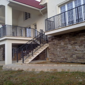 Balustrada balkonowa i schodowa, dom prywatny